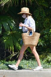 Reese Witherspoon - Shopping in Brentwood 10/18/2020