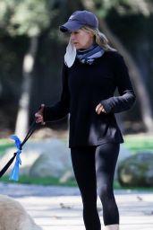 Renée Zellweger - Run Errands in Santa Monica 10/11/2020