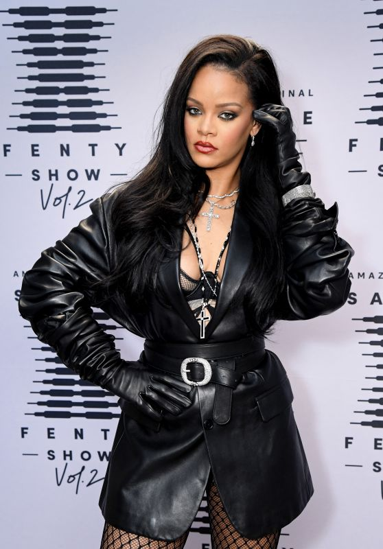 Rihanna - Savage X Fenty Show Vol. 2 in Los Angeles