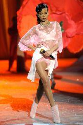 Rihanna - Victoria
