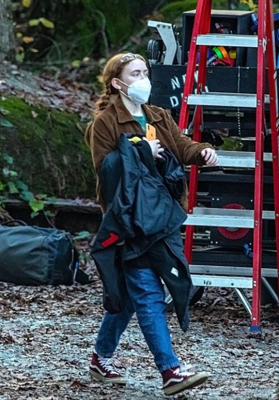 "Sadie Sink - ""Stranger Things 4"" Set in Atlanta 10/27/2020"