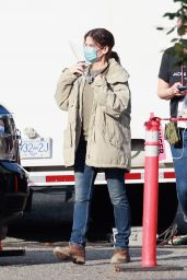 Sandra Bullock - Aarriving to Her Latest Film Set in Vancouver 10/03/2020
