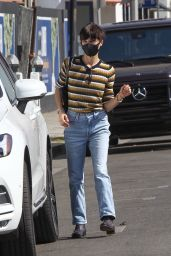 Selma Blair at Sweet Flower Cannabis Dispensary in West Hollywood 10/30/2020