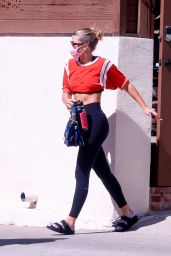 Sofia Richie - Heads to a Yoga Session in West Hollywood 10/12/2020