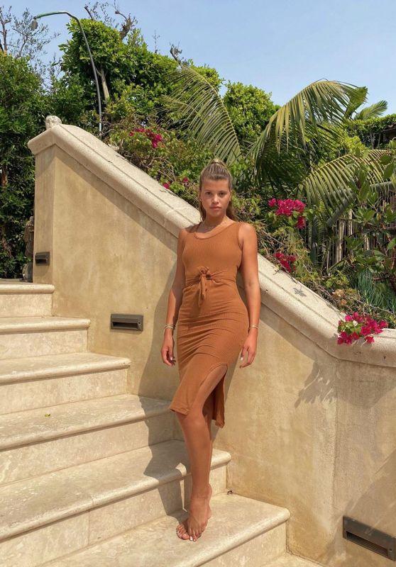 Sofia Richie Outfit – Instagram 10/01/2020