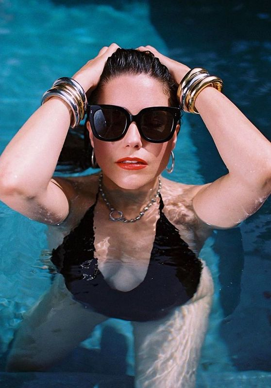 Sophia Bush - Photoshoot October 2020
