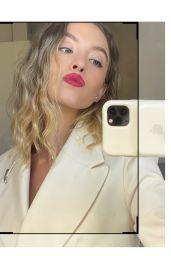 Sydney Sweeney - Who What Wear October 2020