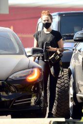 Zoey Deutch - Leaving a Gym in LA 10/15/2020