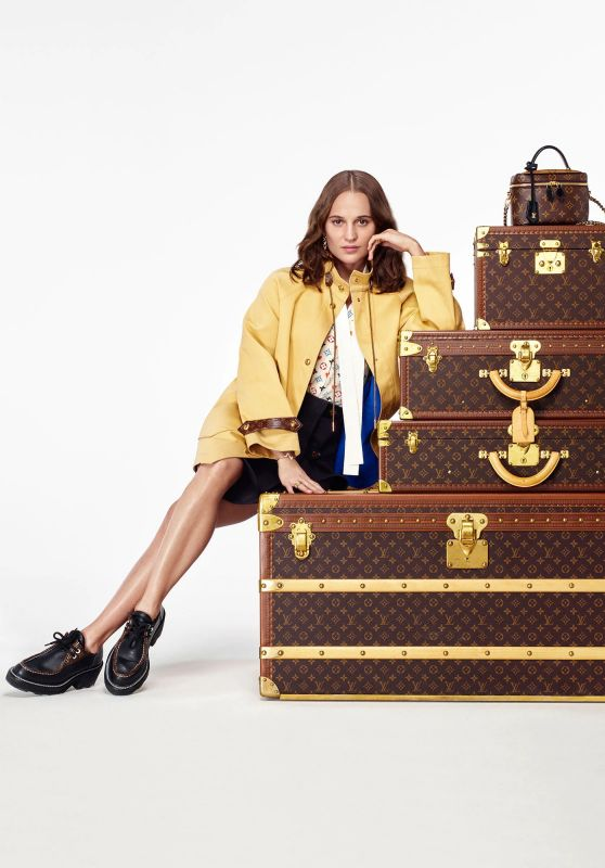 Alicia Vikander - Louis Vuitton Home For the Holidays 2020 Collection (+1)
