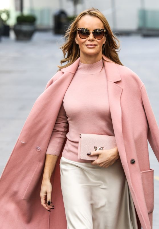 Amanda Holden - Outside the Global Radio in London 11/18/2020