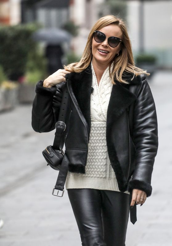 Amanda Holden Street Style - Leaving Global Radio in London 11/25/2020