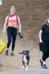 Amber Heard - Hike With a Friend in LA 11/16/2020