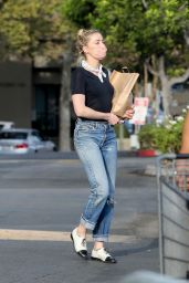 Amber Heard Shopping For Groceries at Gelson