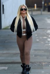Apollonia Llewellyn - Photoshoot in Manchester City Centre in London 11/09/2020