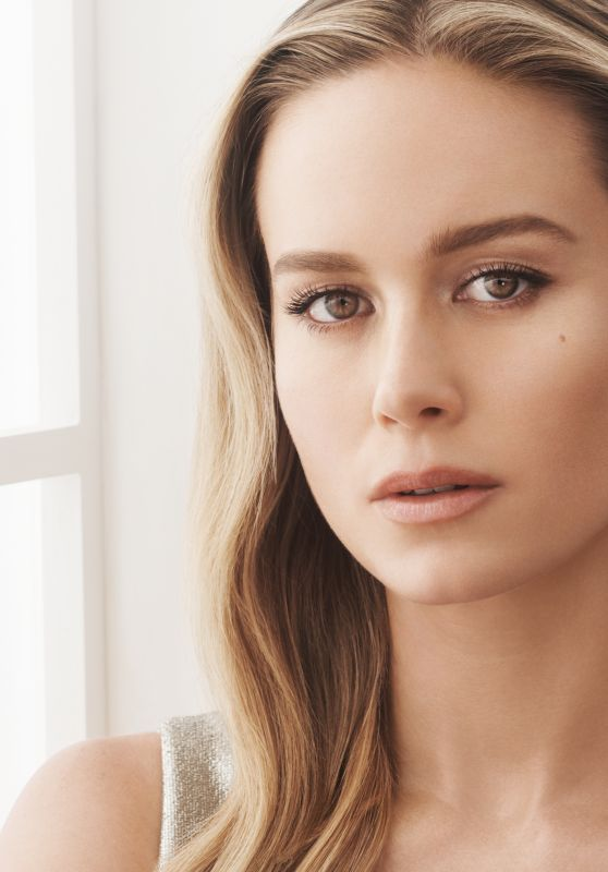 Brie Larson - Decorte 2020