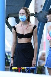 Candice Swanepoel at a Park in Miami 11/01/2020