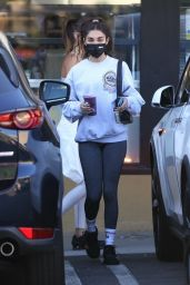 Chantel Jeffries and Jocelyn Chew at Earthbar in LA 11/19/2020