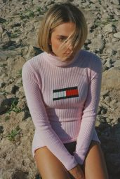 Charlotte Lawrence - Notion #88 November 2020