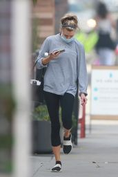 Charlotte McKinneyin Tight Black Leggings - Los Angeles 11/03/2020