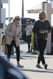 Chelsea Handler at Blue Plate Oysterette in Santa Monica 11/24/2020