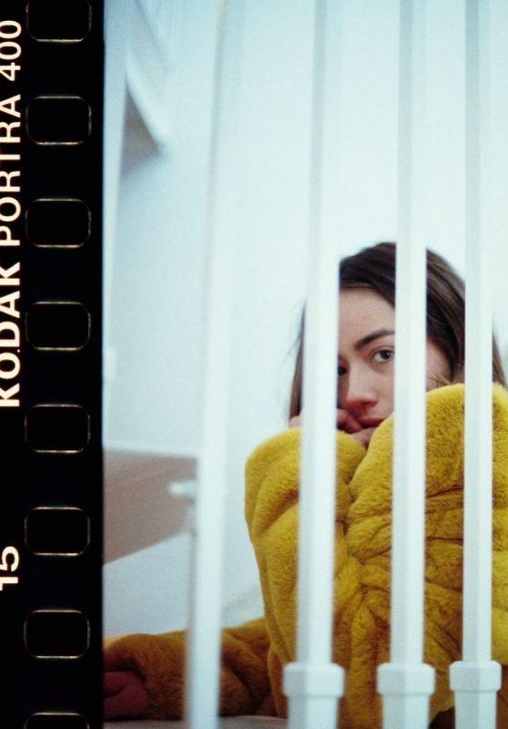 Chloe Bennet - Photoshoot 2020