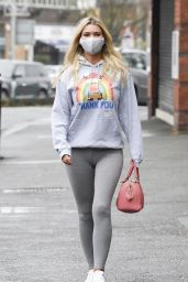 Christine McGuinness - Out in Wilmslow 11/20/2020