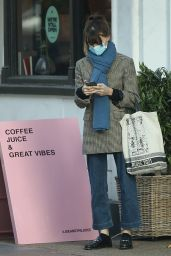 Daisy Edgar-Jones - Joe & The Juice in London 11/15/2020