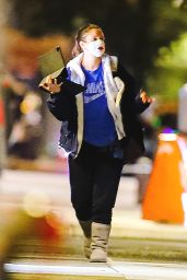 Drew Barrymore - Walks Through Central Park in NYC 11/05/2020