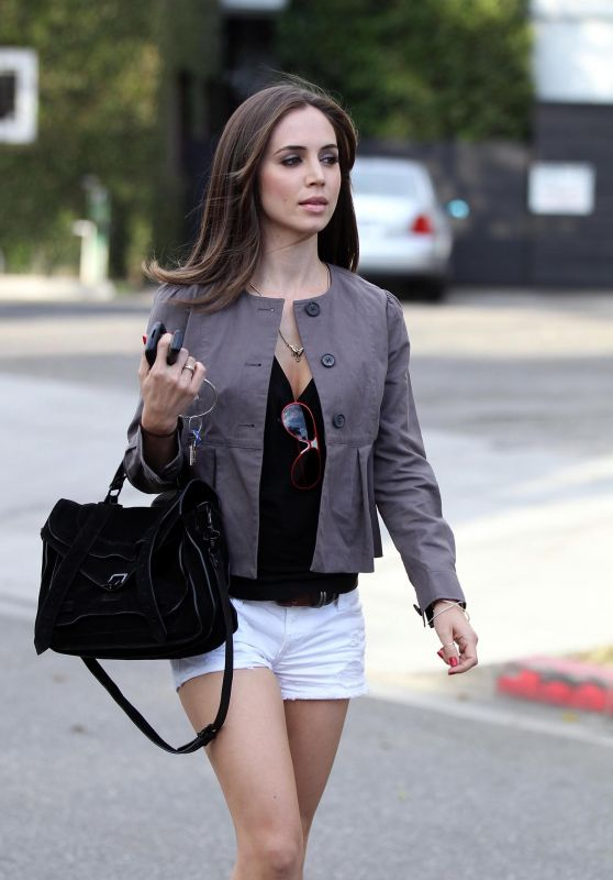 Eliza Dushku - Leaving Byron & Tracey in Beverly Hills 09/30/2010