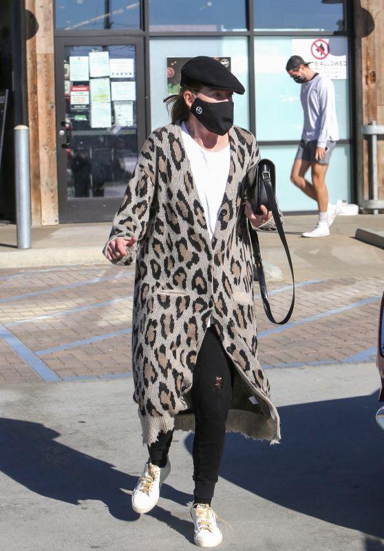 Ellen Pompeo in an Animal Print Cardigan - Shopping in Malibu 11/29/2020