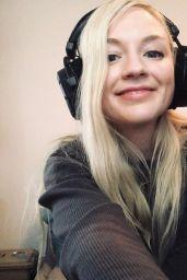 Emily Kinney 11/04/2020