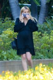 Emma Roberts in a Frilly Black Maternity Dress 11/10/2020