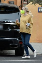 Emma Roberts in Casual Outfit - Los Angeles 11/23/2020