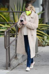 Emma Roberts - Out in LA 11/23/2020