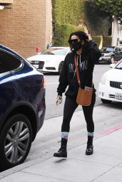Eva Longoria Wearing Socks Printed With Her Sons Face - Los Angeles 23.11.2020 x28