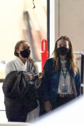 """Florence Pugh and Olivia Wilde - """"Don´t Worry Darling"""" Set in Los Angeles 11/25/2020"""