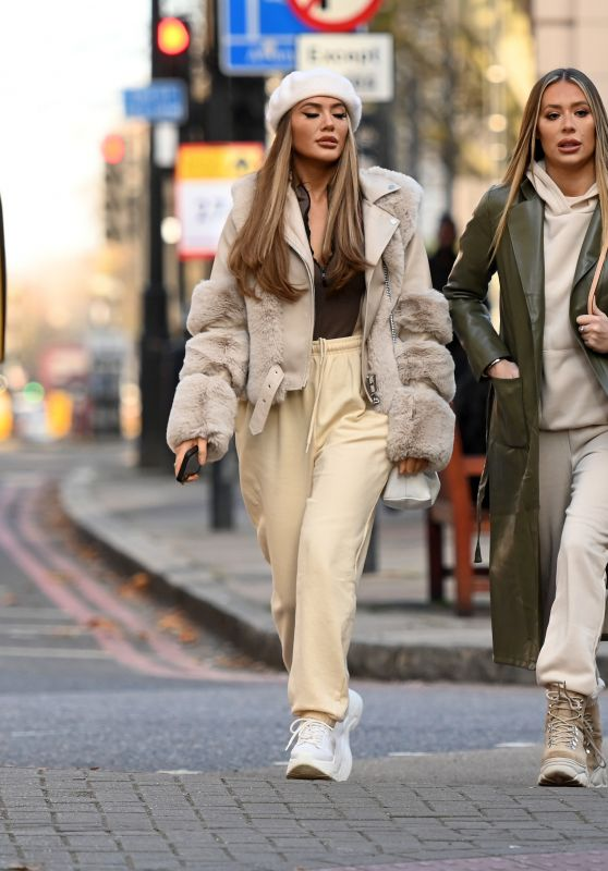 Frankie Sims and Demi Sims - Out in London 11/27/2020