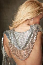 Gillian Anderson - Photoshoot for Harper
