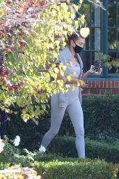 Hailey Bieber - Leaves a Gym in LA 11/11/2020