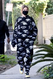 Hailey Bieber - Out in West Hollywood 11/18/2020