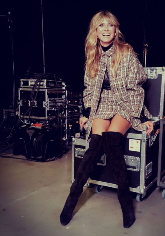 Heidi Klum Outfit 11/24/2020