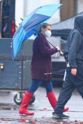 """Hilary Duff on the Set of """"Younger"""" in Westbury 11/14/2020"""