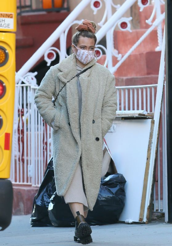 Hilary Duff - Out in New York 11/02/2020