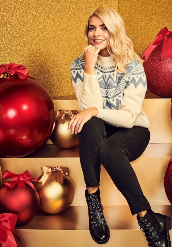 Holly Willoughby - M&S London Christmas Photoshoot 2020