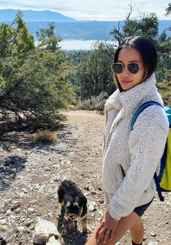 Jamie Chung Outfit 11/03/2020