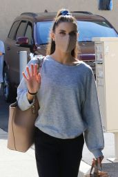 Jenna Johnson - Arriving at the Dance Studio in LA 11/06/2020