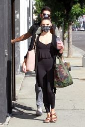 Jenna Johnson - Heading Into the Dance studio in LA 11/01/2020