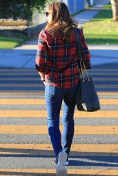 Jennifer Garner in Casual Outfit - Los Angeles 11/13/2020