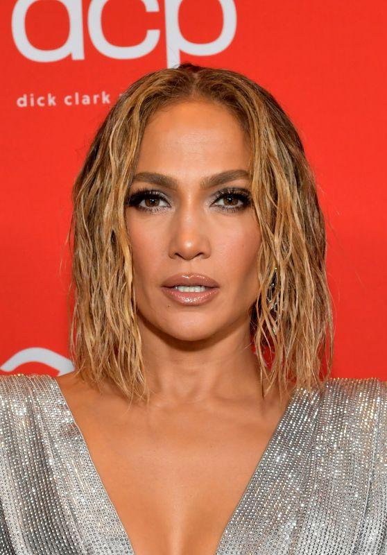 Jennifer Lopez – American Music Awards 2020 in Los Angeles