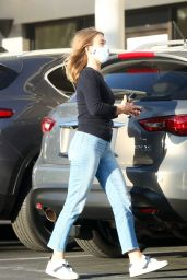 Julianne Hough in Casual Outfit 11/16/2020